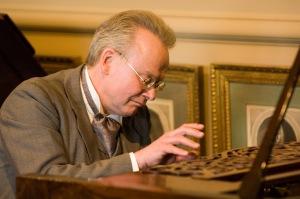 Elgar's Songs at Elgar's 1844 Broadwood Piano for Avie Records